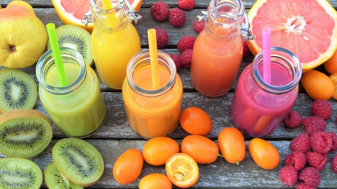 smoothies-2253423_1920 (1)